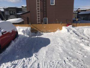 駐車場除雪作業後