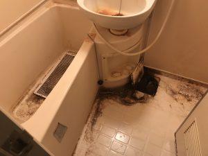 お風呂の清掃前