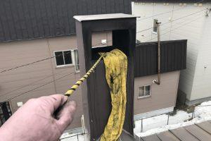 ロープによる煤払い