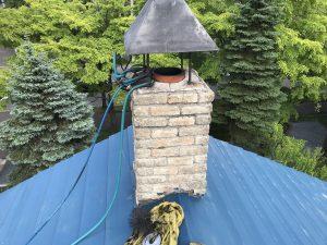 最初は煙突の上に巣があった?※画像はイメージです
