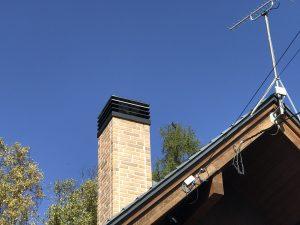 ハシゴで屋根の上へ!