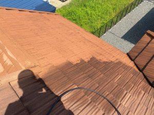 石付き屋根なのであまり滑らないので少し安心